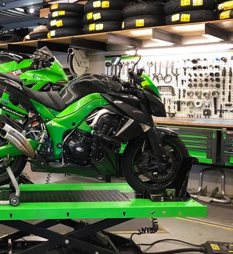 Notre atelier Poizot Motos Racing à Pierrelatte (Drôme)